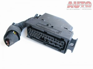 Wtyczka 1928403013 1928402824 do:  ABS Audi VW 8E0614111H 0273004286 0265220481 ( 1 928 403 013 / 1 928 402 824 )